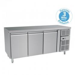 Furnotel - Table réfrigérée négative sans dosseret - 3 portes - 464 litres